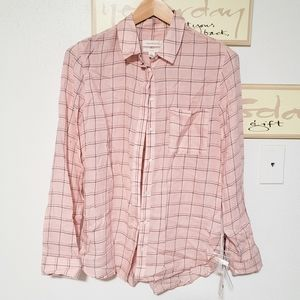 Treasure & Bond Classic Fit Plaid Button Down Top